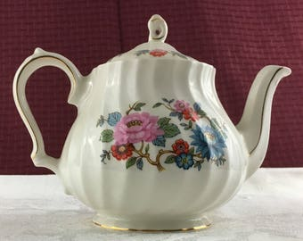 Vintage Sadler Floral Teapot with Gold Trim
