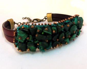 Heart chakra bracelet Anahata, malachite bracelet, bead embroidery bracelet, casual bracelet, healing bracelet, green bracelet