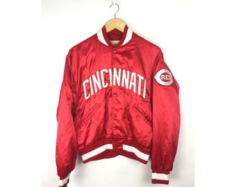 MAJOR LEAGUE BASEBALL Cincinnati Bomber Jacket Big Spell Out Embroiled Patch Logo Medium Size Jackets Made in Usa