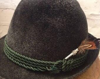 Vintage fedora hat, vintage trilby hat, men's hat, vintage groom's wear, father's day, flocked hat, black hat