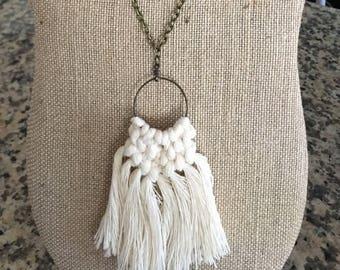 Boho macrame necklace