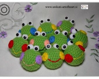 Crochet Frog / Frog Keyring / Frog Keychain / Frog Soft Toy / Frog Pendant / Frog Amigurumi / Cute Frog / Stuffed Frog / Simple Frog / Gift