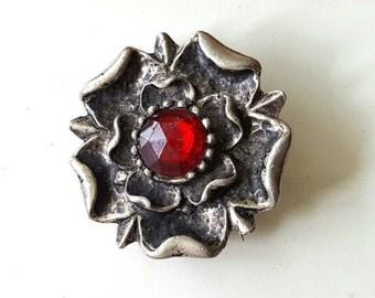 Vintage silver Tudor style rose faux ruby retro Victorian brooch