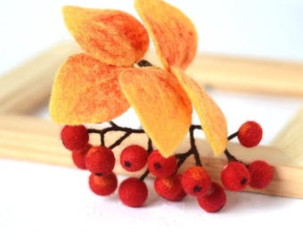 Rowan Berries Brooch Fall Branch Pin Woodland Jewelry Autumn Forest Broach Mother's Day Gift for Grandma Nature Lovers Red Orange Berry