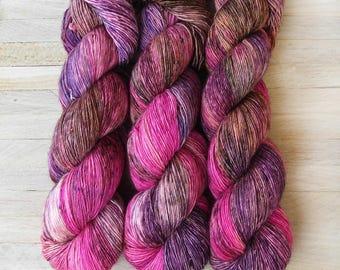 Hand Dyed Sock Yarn Superwash Merino - Single Merino Wool - Speckled yarn merino - Yarntoyou  - SKINNY MERINO - Sweet Heart