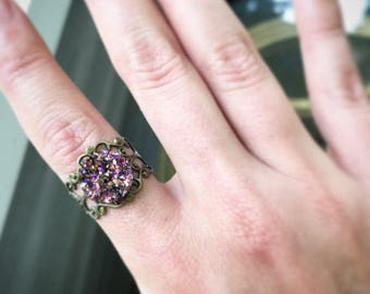 Vintage Style Ring With Rainbow Sparkle Druzy
