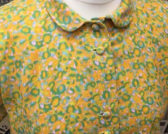 Vintage 1960s Peter Pan Collar Blouse in Pretty Floral Pattern Mod Approx Size 14-16 FREE WORLDWIDE POSTAGE