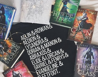 Aelin's Court - Throne of Glass T Shirt - Sarah J Maas - Manon and Dorian - Aelin and Rowan