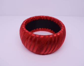 Red chunky bangle