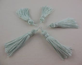 Wire color glacier rayon tassel