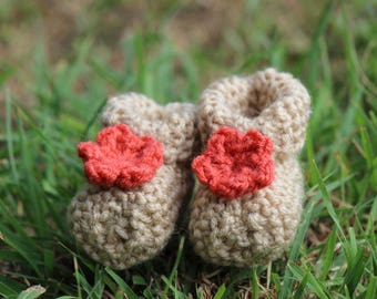 Knitted Booties with Flower (Size newborn - 6 months)