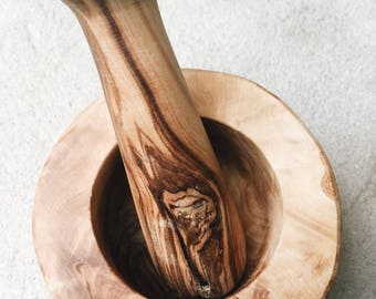 OLIVE WOOD pestle and mortar New