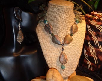 Stone Necklace with Kyanite