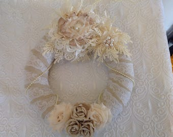 Hessian and lace wedding wreath decorated with handmade guipure lace flowers and small hessian roses