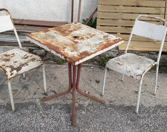 Lot 2 chairs + garden ep 1940 French bistro table