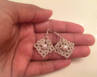 Tatting PDF Pattern - Frivolite Lace Earrings 1