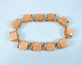 Vintage tan moonglow Lucite link bracelet