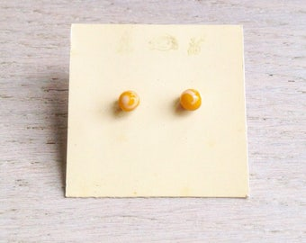 Glass earrings/tiny earrings/glasses accessories/mother day/teacher present/yellow earrings/special present