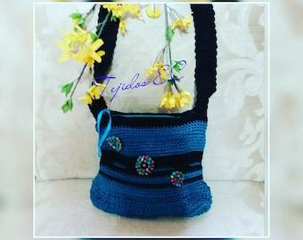 Two-color crochet bag or purse