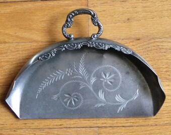 Antique Silverplate Crumber-New England Adelphi-c 1890-1915-Leaf & Flower Design
