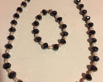A Vintage set of Beaded Pearl  Bracelet & Necklace