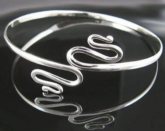 Silver Swirls Armband