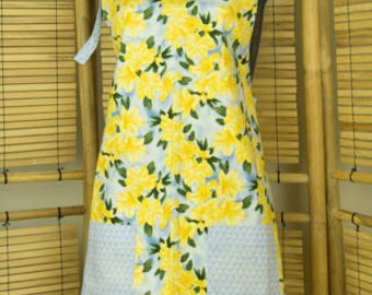 Blue and Yellow Daffodil Flowers Reversible Adult Full Apron