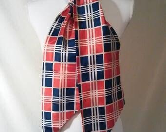 Vintage 1970s plaid scarf