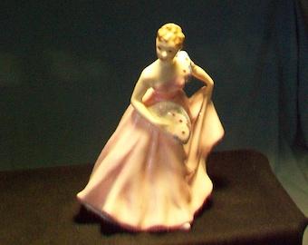 Royal Doulton Figurine Invitation HN 2170