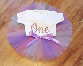 Girl's 1st birthday outfit / Baby birthday outfit / Tulle tutu and bodysuit / Tulle skirt / Pink and purple tutu / Pink glitter motif