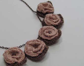 """Crocheted necklace """"Morning Bouquet"""""""
