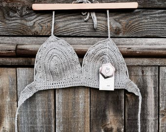 Grey bikini crochet with details on the front