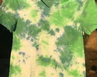 tie dye v-neck women's shirt green