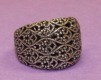 Sterling Silver Tapered Lace Ring - Or Paz