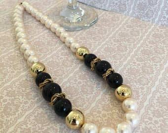 "Faux Pearl Gold Bead Black Bead and Gold Wreath Spacer 19"" Vintage Necklace"