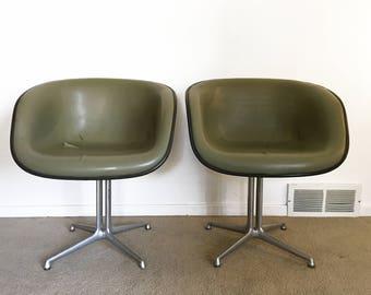 RARE early Eames La Fonda Del Sol chair naugahyde Herman Miller Alexander Girard pair (2)