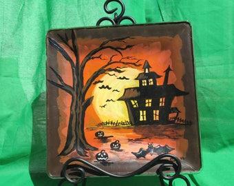 Halloween decorative plates