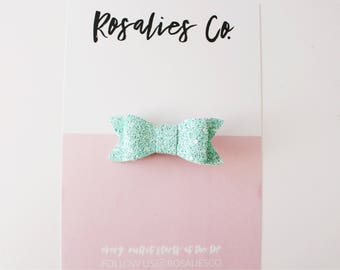MINTY - Baby Headbands, Baby girl headbands, Baby bows, Newborn headbands, Nylon Headbands, Baby girl valentines day outfit