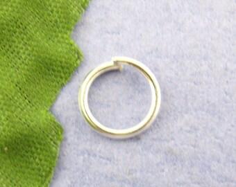 set of 10 grams of rings open silver 8 mm in diameter