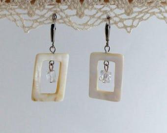 Dangle earrings Pearl and shells