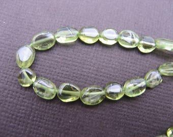 Peridot: 5 approx 7 mm * 5 mm flat oval beads-