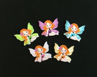 5 buttons 2 holes wooden Angels