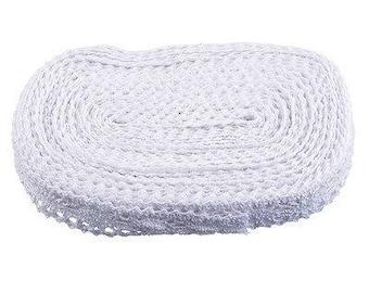 1 m of white lace cotton lace