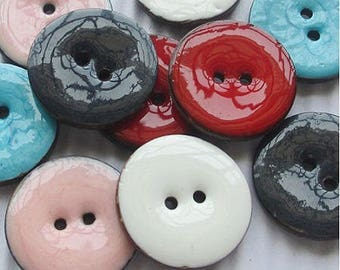 5 stunning buttons 25mm enameled coconut mix colors