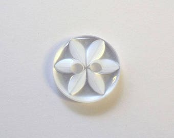 Button star 11 mm x 20 white 2 hole - 001598
