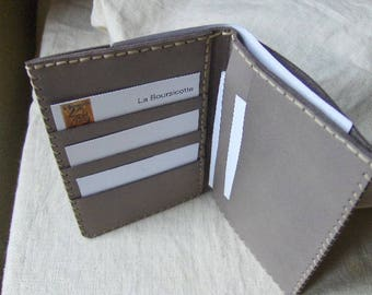 Leaves in light gray leather