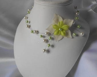 "Necklace children ""Read"" ivory & lime green"