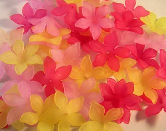 30 synthetic resin flower 29 MM lucite beads