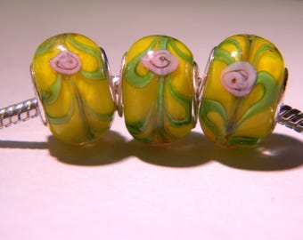 2 bead charm European - glass lampwork - 14 x 11 mm - inlaid yellow rose - D45