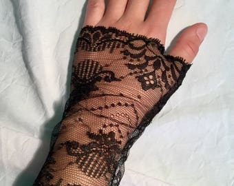 Very fine, slightly Silver Black Lace fingerless gloves.